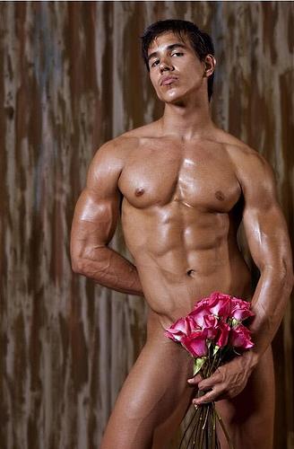 #CUMPLEAÑOS FELIZ#CUMPLEAÑOS FELIZ# TE DESEAMOS A TI# Alan-valdez-nake-with-a-flower