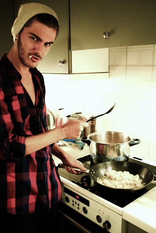 Konstantinos Laios cooking