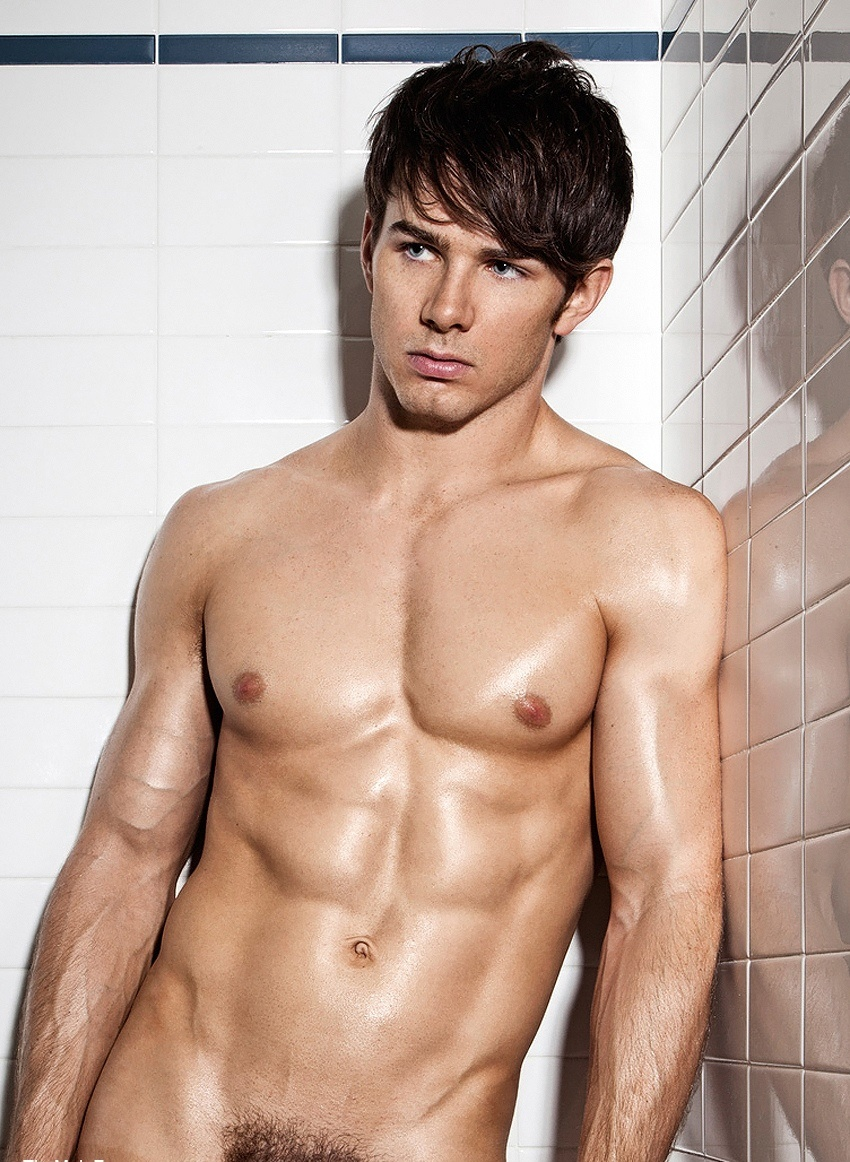 Hot Naked Men Showering
