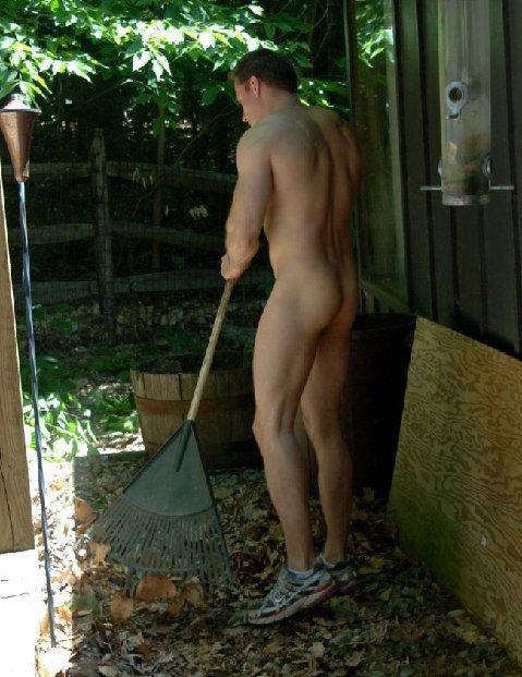 fall chores autumn-houseboy-raking