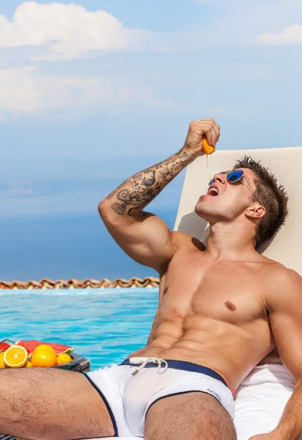 alexandercobb-summer fruit pool