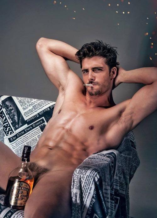 nude-sexy-chivas-champ